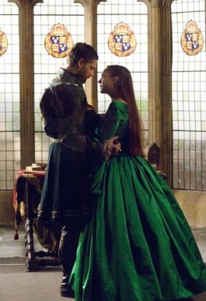Eric Bana como Henrique VIII e Natalie Portman como Ana Bolena, em The Other Boleyn Girl