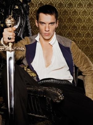 Jonathan Rhys Meyers como Henrique VIII na Primeira Temporada
