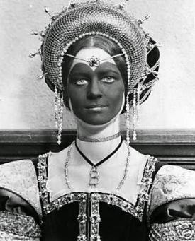 Charlotte Rampling foi uma das únicas atrizes que interpretou Ana Bolena com seis dedos.